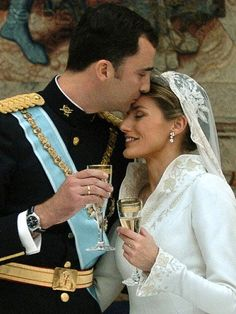 Red Carpet Wedding: Letizia Ortiz Rocasolano and Spain's Crown Prince Felipe ~ Red Carpet Wedding