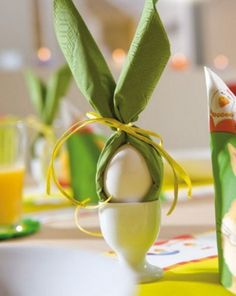 Easter 2014 - making cool Easter decorations yourself - Osterdeko - Ostern – originelle Bastelideen und Osterdeko - dekoration Hoppy Easter, Easter Eggs, Easter Food, Easter Crafts, Holiday Crafts, Easter Ideas, Holiday Ideas, Holiday Decor, Easter Table Decorations