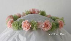 本日石垣島にて挙式ご披露宴の新婦さんのため、お作りさせていただいたプリザーブドフラワーの花冠です。現地で手配された生花ブーケのイメージ画像を拝見させていた...