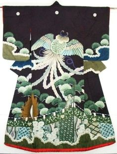 Another gorgeous vintage kimono with a hagoromo.