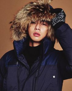 Park Seo Joon shows how to look chic even bundled up in 'GQ' | allkpop.com