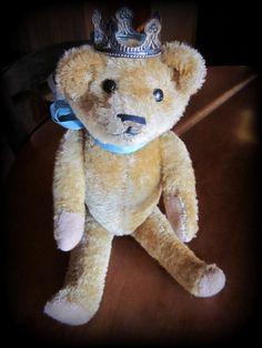 1930's antique teddy bear w/crown