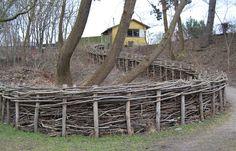 elaboración de vallas con fibras vegetales- www.vinuesavallasycercados.com
