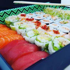 Côté Sushi à Montpellier ! Fusion. Merci pour la découverte et merci à ma douce pour la livraison à la maison. #cotesushi #sushi #instasushi #instagood #miam #igersmontpellier #teamBlogMTP #montpellier #japon #japan #gastronomie #peru #maki #instajapon #restaurant #instarestaurant #resto #yummy #gastronomy