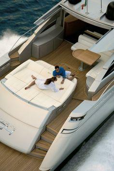 External view Pershing Yacht - Pershing 64' #yacht #luxury #ferretti #pershing