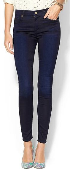 navy #blue 7 for all Mankind skinny jeans http://rstyle.me/n/je4b9r9te