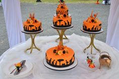 Wildlife and landscape designs can be on cakes too