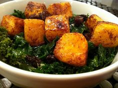 roasted butternut squash kale salad - very excited to make this one miss sasha, i can not get enough roasted butternut squash in my life Clean Recipes, Vegetarian Recipes, Healthy Recipes, Yummy Recipes, Recipies, Kale Salad, Soup And Salad, Squash Salad, Vegan Cookbook
