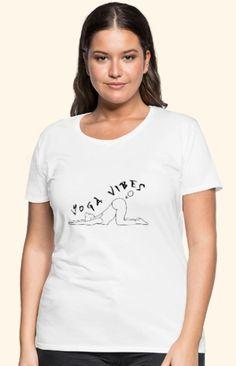 """Witziges Yoga Asana -Motiv mit """"Yoga Vibes"""" Schriftzug für alle Yogalehrer, Yogaschüler und Yogapraktizierenden, Freunde von Achtsamkeit und Gelassenheit, Spiritualisten und Indien-Fans und Spaßvögel. Das Design ist auf über 100 Artikeln erhältlich, wie z.B. Shirts, Hoodies, Jacken, Taschen, Tassen, Handy- und Kissenhüllen, Schürzen, uvm. Pullover, Asana, V Neck, T Shirt, Tops, Design, Women, Fashion, Indian"""