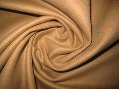 Октябрь 660 Тонкая (из всех представленных пальтовых - самая тонкая) пальтовая ткань, шерсть/альпака, цвет - верблюжий. Для легких пальто, жакетов. Есть 7,5 метров