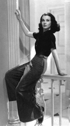For Tracy--like if we could get this outfit exactly, that would be awesome. #VivienLeigh 40s Fashion casual day sports wear wool wide leg pant trouser shirt top blouse vintage photo