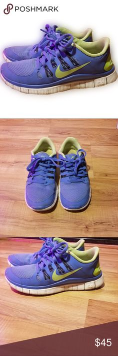 🏃🏼‍♀️ Nike Tennis Shoes Nike Tennis Shoes. Excellent condition Nike Shoes Athletic Shoes