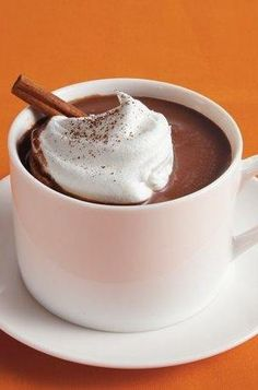 Make it hot! Homemade mexican mix of hot chocolateHomemade Mexican Hot Chocolate Mix - This spicy hot chocolate is refined with cayenne pepper and cinnamon.Spiked Mexican hot chocolate with Ivy MixSpiked Mexican hot chocolate with Mexican Hot Chocolate, Hot Chocolate Mix, Chocolate Desserts, Best Slow Cooker, Slow Cooker Recipes, Crockpot Recipes, Yummy Drinks, Delicious Desserts, Mexican Food Recipes