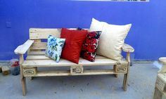 Sturdy Pallet Patio Bench - 130+ Inspired Wood Pallet Projects | 101 Pallet Ideas - Part 6