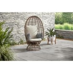 Hampton Bay Brown Wicker Outdoor Swivel Patio Egg Lounge Chair with Beige Cushions and Black/Cream Pattern Pillows - The Home Depot Patio Lounge Chairs, Garden Chairs, Outdoor Lounge, Outdoor Chairs, Garden Sofa, Outdoor Rooms, Beige Cushions, Construction, Decoration