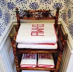 The Chinoiserie Bathroom (Chinoiserie Chic)