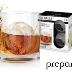 Eiswürfel gehören der Vergangenheit an. Es ist die Zeit der Eiskugeln… Fun Fakt: Die Dinger schmelzen langsamer. Whoop Whoop!  #Iceball #Eiskugel #Ice #Eis #Sommerfrische #Whiskey #Rum