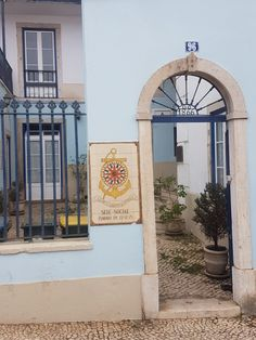 Lisbons colors Colors, Colour