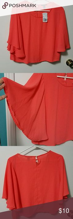 """Forever21 Coral Crop top Beautiful, flowy, coral crop top. (NWT)From shoulder to hem 19"""" long. Forever 21 Tops Crop Tops"""