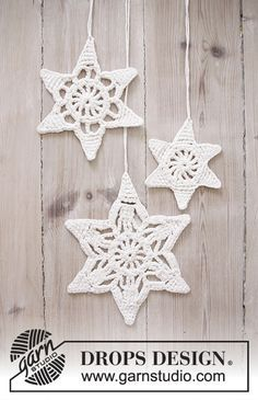 """Wishing Stars - Navidad DROPS: Estrellas DROPS en ganchillo con patrón de calados, en """"Cotton Light"""". - Free pattern by DROPS Design"""