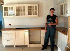 Köögimööbel valge saarepuidust, Solid wood Kitchens #kitchens #kitchen #kitchendesign #kitchenideas #kitchenremodel #köögimööbel #keittiökalusteet #kök #küchenmöbel Solid Wood Kitchens, Design, Furniture, Home Furnishings, Design Comics, Tropical Furniture