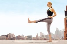 A hot new workout class combines the toning benefits of yoga with the fat-burning power of cardio. CrossFlowX, offered at The Movement in New York City, pairs strengthening poses with heart-pumping moves for a routine that sculpts muscle from head to toe. Now you can try it at home.