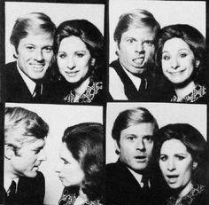 Robert Redford & Barbara Streisand **** The way we were - one of my favorite movies. Barbra Streisand Robert Redford, Barbara Streisand, Vintage Photo Booths, Vintage Photos, Photos Booth, Portraits, Portrait Ideas, Hello Gorgeous, Beautiful