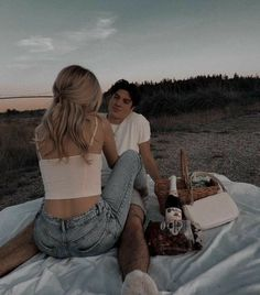 Cute Couples Photos, Cute Couple Pictures, Cute Couples Goals, Couple Photos, Romantic Couples, Romantic Pictures, Couple Goals Relationships, Relationship Goals Pictures, Boyfriend Goals