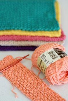 Easy Hand Crocheted Washcloths - http://www.theloghomekitchen.com/easy-hand-crocheted-washcloths/