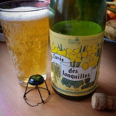 Dégustation de la bière blonde Cuvée des Jonquilles de la Brasserie Au Baron à Gussignies #CraftBeer  ............................................................................. #BeerTime #ZythoTaste #Beer #Bier #Bière #Øl #Olut #Olout #Öl #Birre #Birra #Cerveza #Pivo #Cerveja #Пиво #ビール #Bīru #Bia  #beercaps #igbeer #beersommelier #beerstagram #loversbeer #instapic