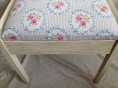 fabulous shabby chic piano stool / dressing table chair
