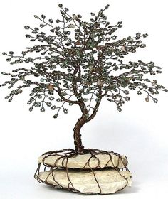 life_tree_beaded_bonsai_wire_tree_sculpture_by_creativecravings-d4tfe23.jpg (819×975)