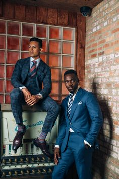 We offer the finest men's custom-tailored suits, dress shirts, and bespoke clothing in Chicago and San Francisco. Custom Tailored Suits, Custom Made Suits, Bespoke Clothing, Mens Clothing Styles, Blazer Suit, Suit Jacket, Bespoke Suit, Three Piece Suit, Mens Fashion