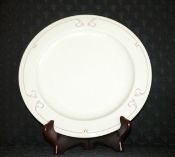 Syracuse China Restaurant Brentwood Red Dinner Plate