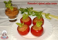 Pomodori ripieni salsa tonno