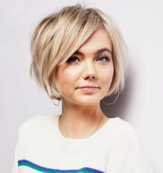 30 Cute Chin-Length Hairstyles You Need to Try Edgy Hair ChinLength Cute Hairstyles Short Hair Styles Easy, Medium Hair Styles, Curly Hair Styles, Hair Medium, Long Short Hair, Short Hair Cuts For Women Bob, Color On Short Hair, Cute Hair Cuts Short, Modern Short Hair