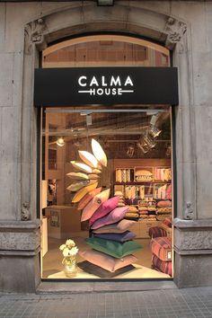 Calma House | Nuestras tiendas Store design. Shop design. Shop window. Flagship store. Diseño… - #pascua #ideas