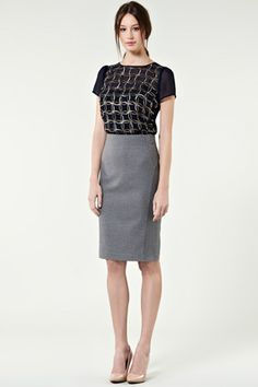 Cute outfit, wear with a waist belt to add style.  CORMONY. corporate fashion.