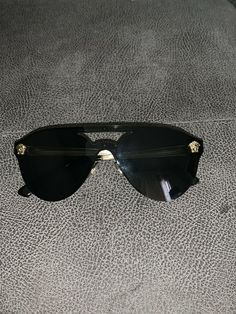 42a1378b0a2b versace sunglasses men used in perfect condition black gold medusa gianni  #fashion #clothing #