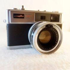 Vintage Minolta Hi-Matic 11 Super Circuit 3 Rangefinder w/ 45mm 1:1.7 lens