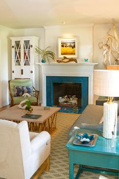 california cottage living room