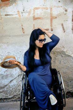 Cadeirantes em Foco: O Charme da Cadeirante http://cadeirantesemfoco.blogspot.com/2014/02/o-charme-da-cadeirante.html?spref=tw