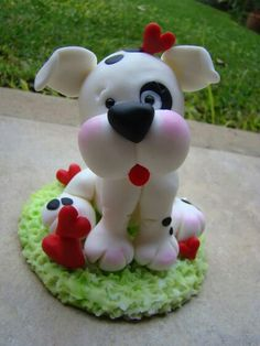 *SORRY, no information as to product used Fondant Dog, Fondant Animals, Clay Animals, Polymer Clay Halloween, Polymer Clay Figures, Fimo Clay, Clay Art Projects, Clay Crafts, Diy And Crafts