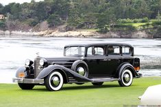 1933 Cadillac Series 452-C V-16 Fleetwood Imperial Sedan