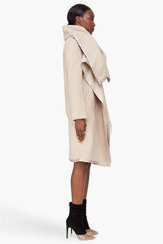 MAISON MARTIN MARGIELA Oversize Beige Blanket Coat