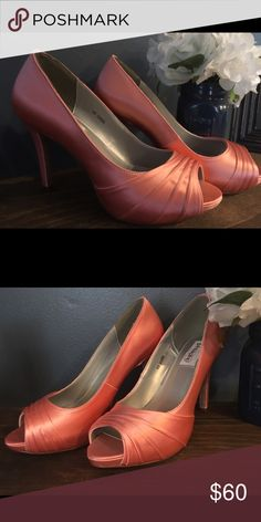 David's Bridal Shoes Dyeable Coral Shoes Size 8 Color: Coral Size: 8 (never worn bc it was too big) David's Bridal Shoes Heels