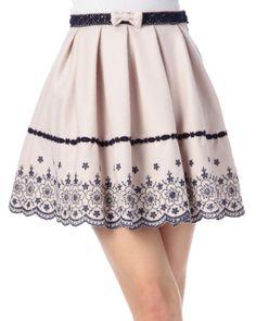 スカラップ刺繍スカート|295:SHOP HIT ITEM | 渋谷109で人気のガーリーファッション リズリサ公式通販
