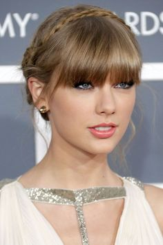 We love how the addition of a halo braid echoed the lines in Swift's Grecian-inspired dress, creating an ethereal look.  #refinery29 http://www.refinery29.com/2016/04/107912/taylor-swift-hair#slide-8