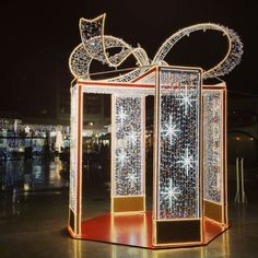 Bientôt Noël. Centre commercial Bonneveine #Marseille