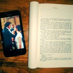 È cosa nota e universalmente riconosciuta che uno scapolo in possesso di un solido matrimonio debba essere in cerca di moglie.  Un incipit inconfondibile! Orgoglio e pregiudizio Jane Austen. E con questa foto rispondiamo al tag #openbook  #orgoglioepregiudizio #prideandprejudice #janeausten #libri #leggere #lettura #read #bookstagram #instalibro #instabook #bookish #booklover #bookporn #bookworm #love #elizabethbennet #mr #lovebooks #bookblog #bookaddict #instalike #like #books #instagood…